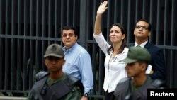 María Corina Machado tiene dos investigaciones en los tribunales penales y prohibición de salida del país.