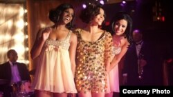 Delores (Tika Sumpter), Sister (Carmen Ejogo) and Sparkle (Jordin Sparks) in TriStar Pictures' SPARKLE. (Photo: Alicia Gbur) © 2012 Stage 6 Films, Inc. All Rights Reserved