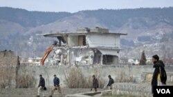 Pakistan mulai menghancurkan bekas rumah Osama bin Laden di Abbottabad (26/2).