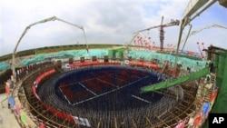 တရုတ္ႏုိင္ငံတြင္ တည္ေဆာက္ေနတဲ့ Changjiang Nuclear Power Plant Phase II အေဆာက္အဦး။ (ေအာက္တိုဘာ ၂၄၊၂၀၁၂)