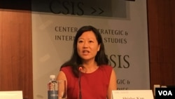 前美国国会研究处亚太安全事务研究员简淑贤2019年4月9日参加《台湾关系法》40年座谈会 (美国之音锺辰芳拍摄)