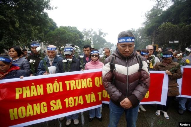 Một cuộc biểu tình lớn ở Hà Nôi hồi năm 2017 đánh dấu ngày Trung Quốc chiếm Hoàng Sa vào năm 1974