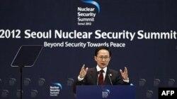 Predsednik Južne Koreje, Li Mjung-bak na nuklearnom Samitu u Seulu, mart 2012.