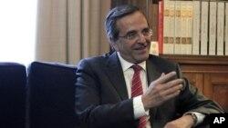 PM Yunani Antonis Samaras harus meyakinkan para pemimpin partai mengenai langkah-langkah penghematan (foto: dok).