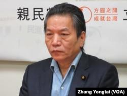 台灣在野黨親民黨立委李鴻鈞(美國之音張永泰拍攝)