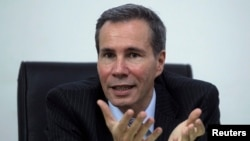 FILE - Argentine prosecutor Alberto Nisman in his office in Buenos Aires, May 29, 2013.