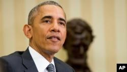 Tổng thống Obama bắt đầu chuyến thăm bằng một buổi lễ chính thức, sau đó sẽ mở một cuộc họp song phương với Chủ tịch nước Việt Nam.