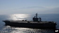 美國海軍卡爾文森號航空母艦