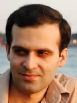روزبه میرابراهیمی می گوید موج جدید برخورد با احمدی نژاد تنها با رضایت رهبری صورت می گیرد