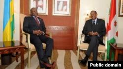 Perezida Paul Kagame w'u Rwanda na Pierre Nkurunziza w'Uburundi
