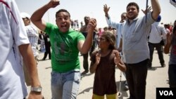 Egyptians React to Mubarak Sentencing