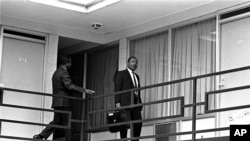 En images : l'assassinat de Martin Luther King le 4 avril 1968
