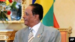 Le Premier ministre, Sir Anerood Jugnauth, 17 février 2009
