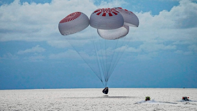 Space Tourists Splash Down in Atlantic, End 3-Day Trip