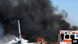 Un avión militar de carga se estrelló cerca de Savannah, Georgia, el miércoles 2 de mayo de 2018.