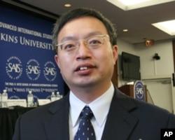 中国社会科学院美国研究所研究员袁征