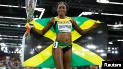 赢得女子100米短跑冠军的牙买加选手汤普森