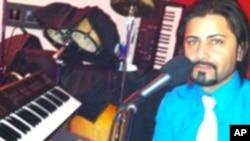 ادریس حمید، جوان آواز خوان افغان روی آلبوم آهنگ های غزل خویش کار می کند