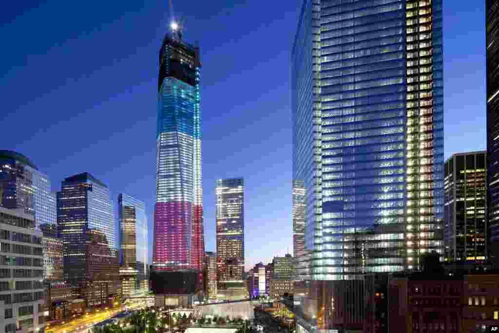 Le World Trade Center de New York renaît des décombres