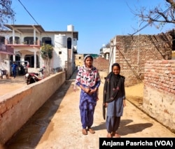 Most girls do not complete school in Pipaka Village in India. parents fear that educated girls will have to be paid a bigger dowry. (Anjana Pasricha/VOA)
