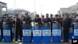 针对示威抗议 官方出动大批警力