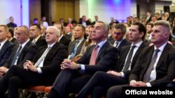 Lideri regiona i austrijski kancelar Sebastijan Kurc na konferenciji u Budvi (rtcg.me)