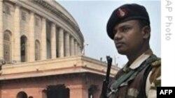 Ấn Ðộ bắt giữ 2 nghi can âm mưu tấn công khủng bố Mumbai