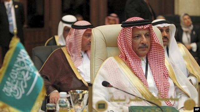 Saudi Arabia's Permanent Representative to the Arab League Ahmad bin Abdulaziz Al-Qattan attends Arab League foreign ministers meeting in Baghdad March 28, 2012.
