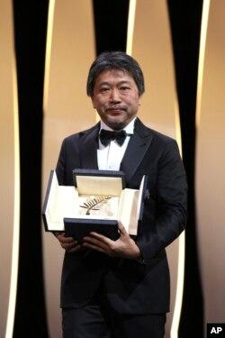 کارگردان ژاپنی هیروکازو کوئدا، برنده جایزه نخل طلائی جشنواره کن ۲۰۱۸