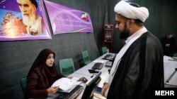 تاکنون صلاحیت زنی برای شرکت در انتخابات مجلس خبرگان تایید نشده است.