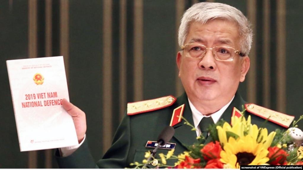 Thứ trưởng Quốc phòng Việt Nam Nguyễn Chí Vịnh công bố Sách trắng Quốc phòng hôm 25/11/2019