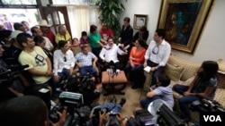 El regreso del depuesto presidente Manuel Zelaya a Honduras abrió el camino para que el país centroamericano pueda retornar al seno de la OEA.