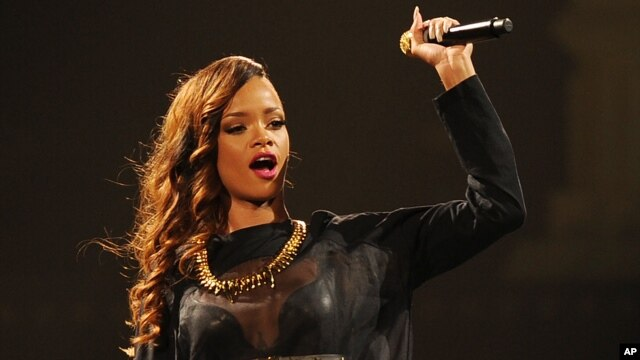 Rihanna performs during the Diamonds World Tour 2013 at the BB&T Center April 20, 2013 in Sunrise Florida.
