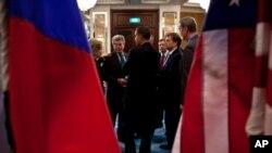 امریکی سینیٹ نے جوہری ہتھیاروں میں کمی کے معاہدے کی توثیق کر دی