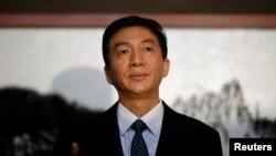 北京中央人民政府驻香港特别行政区联络办公室主任骆惠宁也受到制裁。图为骆惠宁2020年1月6日资料照。(路透社)