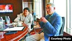 贾庆林女婿李伯潭现身港岛香格里拉酒店见记者(苹果日报图片)