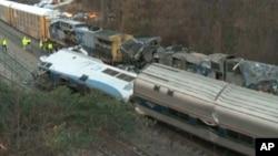南卡羅萊納州的火車車禍現場實施救援工作。(2018年2月4日)