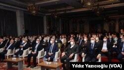 27 Şubat 2021 - Saadet Partisi'nin, eski başbakan Necmettin Erbakan'ı anmak için düzenlediği program siyasetçileri buluşturdu