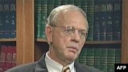 Politički analitičar Stiven Majer