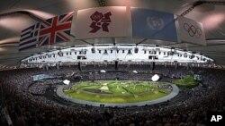 런던 올림픽주경기장에서 펼쳐진 축하 퍼포먼스 행렬(자료사진)