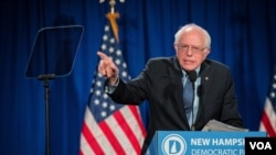 民主党总统参选人伯尼·桑德斯出席新罕布什尔州的一次大型筹款活动。(美国之音记者方正拍摄)