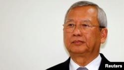 Bộ trưởng Thương mại Niwatthamrong Boonsongphaisan được chỉ định làm quyền thủ tướng.