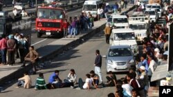 People block Chandigarh Shimla highway in Panchkula in Haryana state, India, Feb. 21, 2016, as thousands of members of an underprivileged community in northern India continue to protest to demand government benefits and jobs