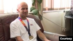 Srpski paraatletičar Ivan Cvetković iz sela Straža u opštini Novo Brdo, osvojio je zlatnu medalju u trci na 400 metara na nedavno završenom Evropskom prvenstvu za paraatletičare u Poljskoj.