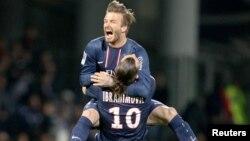 David Beckham mengumumkan pensiun dari sepakbola setelah membawa klub Paris Saint-Germain menjuarai liga Perancis (foto: dok).
