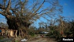 사이클론 '팸'이 바누아투를 강타한 후 17일 수도 포토빌라 인근 지역. (자료사진)