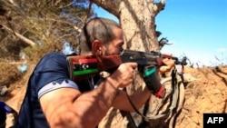 Misrata yaxınlığında üsyançılar və Qəzzafiyə sadiq qüvvələr arasında döyüş baş verib