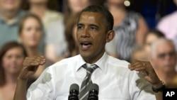 美国总统奥巴马2012年7月10日爱奥华州锡达拉皮兹柯克伍德社区学院学院发表讲话