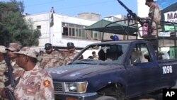 کراچی: رینجرز کی گاڑی پر بم حملے میں3 اہلکار ہلاک