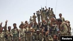 也门政府军在阿比扬省针对激进分子战斗前线获胜
